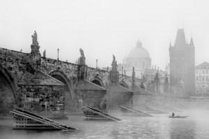 Fotografie Karlův most a rybář